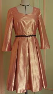 Robe dorée - face